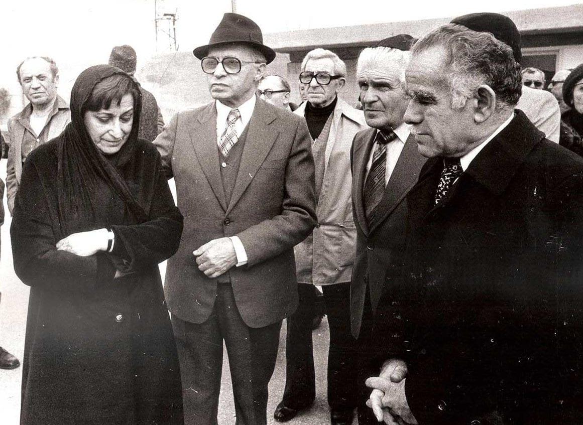 בהלוויה של נתן ילין-מור