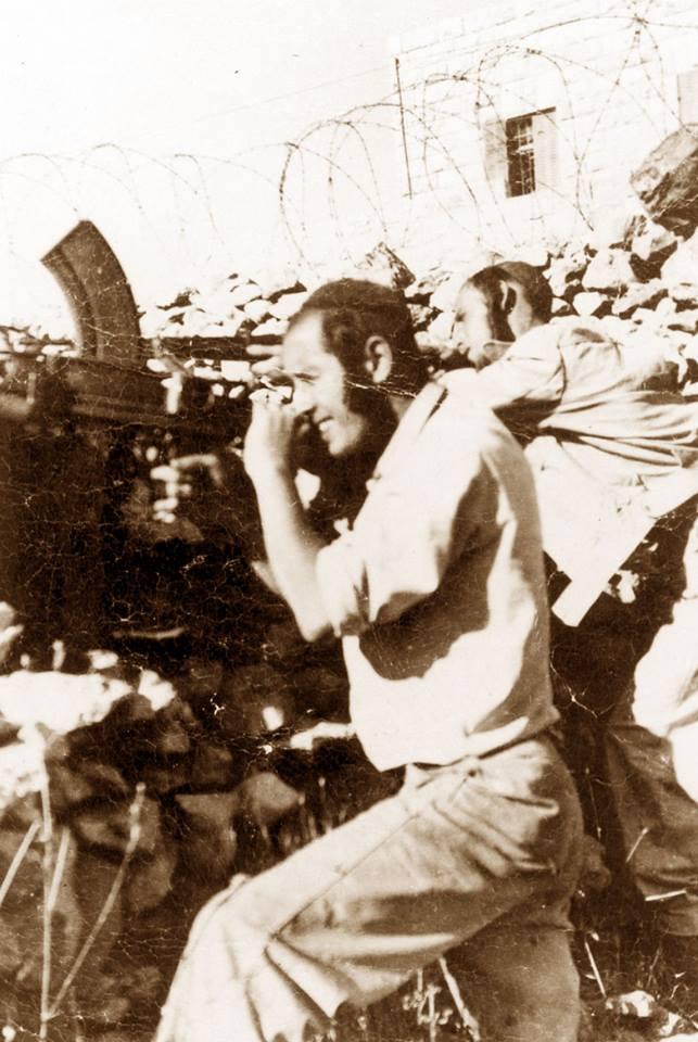 ר' יצחק גבירץ, חבר מחלקת ציון באימונים במחנה אלדד בליפתא בירושלים.