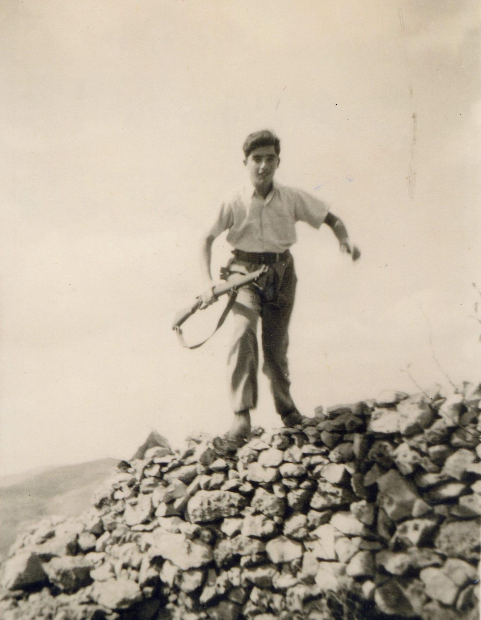יוסף שינדלר במחנה אלדד, יולי 1948