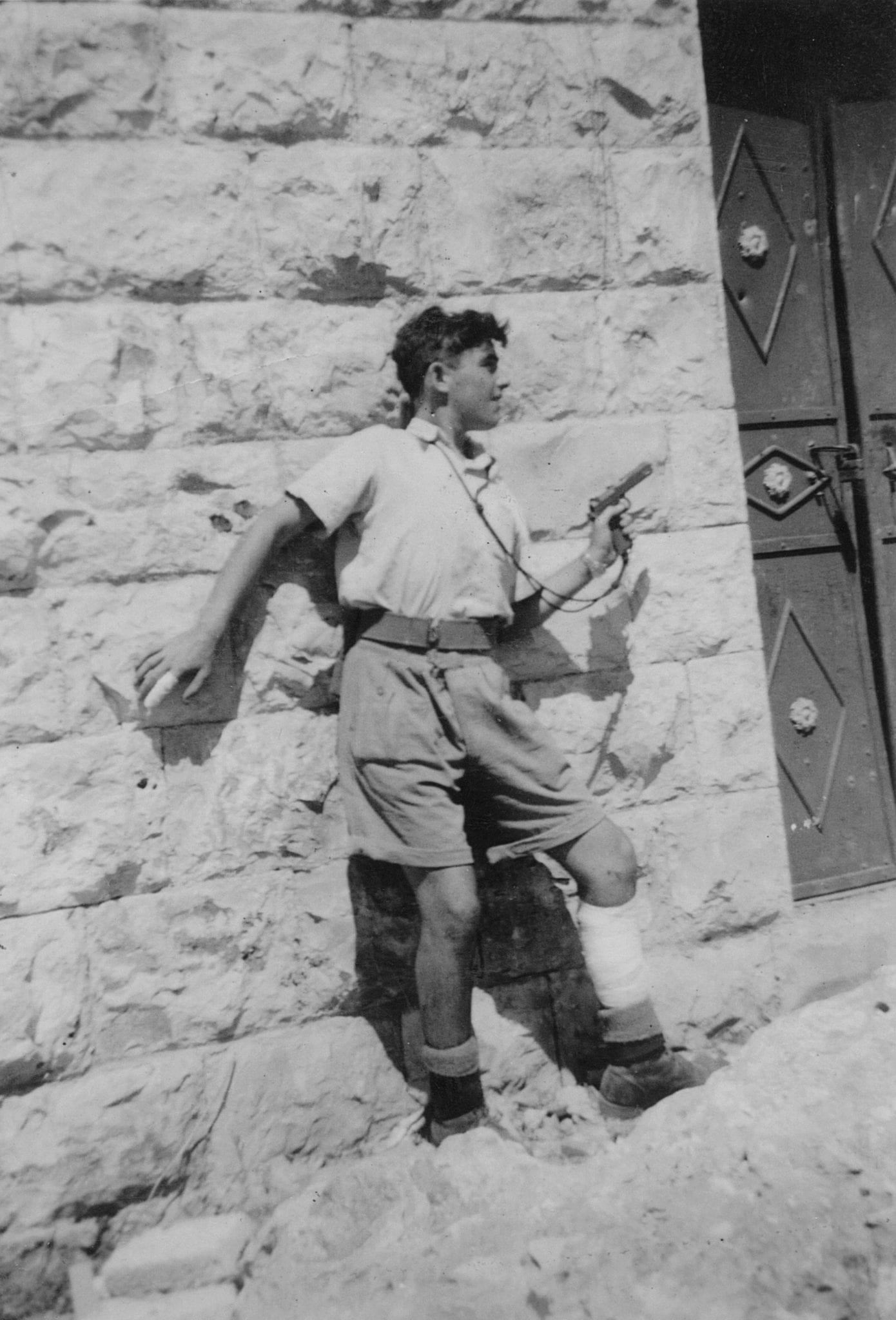 יוסף שינדלר במחנה אלדד, אוגוסט 1948